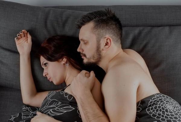 Семейный психолог рассказал, почему жены отказывают своим мужьям ( 1 фото )