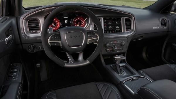 Седан Dodge Charger пользуется просто невероятной популярностью