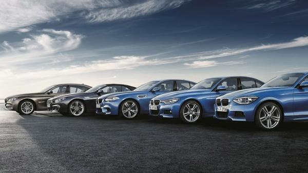 BMW отзывает практически все машины, выпущенные с 2018 года
